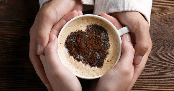 कॉफी आणि बरंच काही… गोष्ट एका प्रेमाची… भाग १